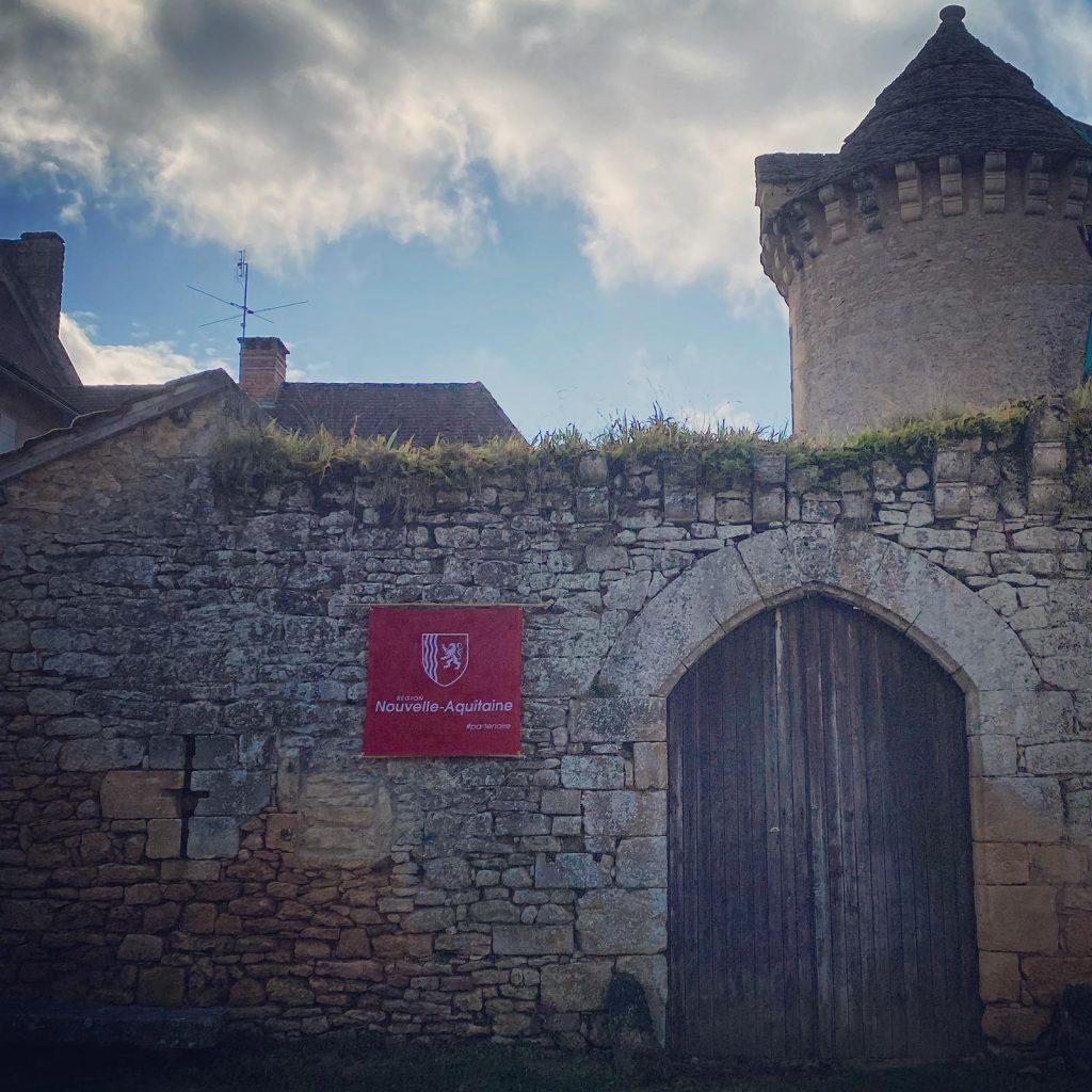 Dan alexander chateau cramirat